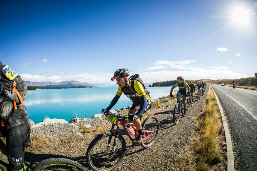 FLYING ITALIAN CONQUERS BEN OHAU AND WINS 4-DAY-TRAVERSE AT THE PIONEER