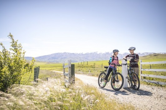 Otago Central Rail Trail Miles Holden Time to Escape Copy